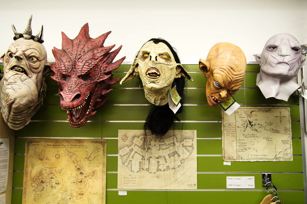 Lord-of-the-rings-merchandise-2